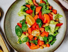 Header Orientalischer Sommersalat mit Süßkartoffeln